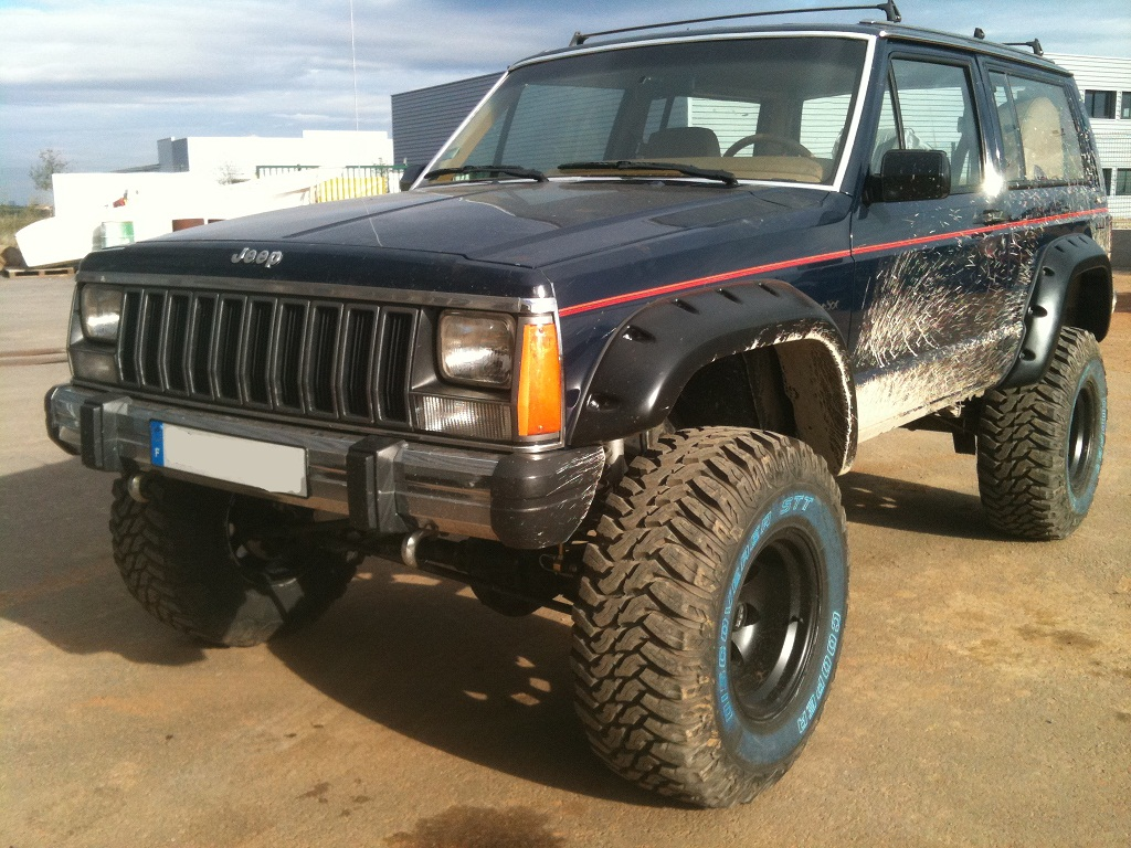jeep cherokee xj tattoo pictures to pin on pinterest. Black Bedroom Furniture Sets. Home Design Ideas